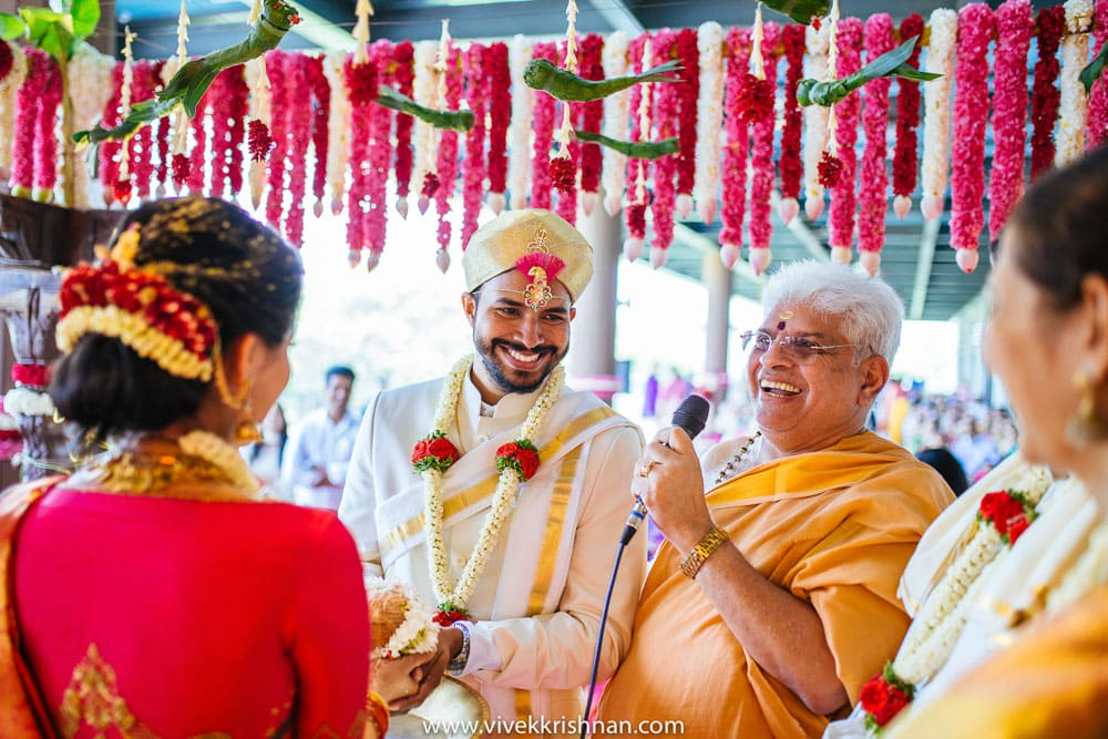 Creative Candid Wedding Photographer in Bangalore